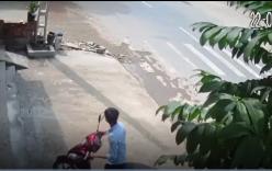 Xe máy gặp nạn thảm khốc vì tránh người đi bộ sang đường