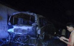 Nổ xe khách Việt Nam ở Lào, 5 người thương vong