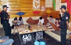 Bắt quả tang 25 nam nữ sử dụng ma túy trong quán karaoke
