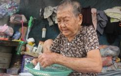 Không nhà cửa, mẹ già 90 tuổi tối ngủ ngoài vỉa hè, sáng làm bánh tằm bán kiếm tiền nuôi hai con bệnh tật