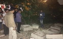 Bé trai 10 tuổi bị nắp cống đè chết ở bãi đất trống Sài Gòn