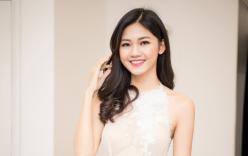 Á hậu Thanh Tú xinh như thiên thần với loạt váy ren xuyên thấu