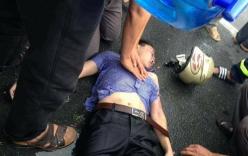 Đi xe máy trong mưa lớn, người đàn ông bị sét đánh văng xuống đường
