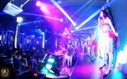 Đột kích quán bar Tiamo Club, bắt hàng trăm dân chơi đang thác loạn