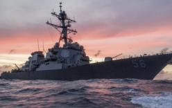 Khu trục hạm Mỹ va chạm tàu chở hàng, 10 thủy thủ mất tích
