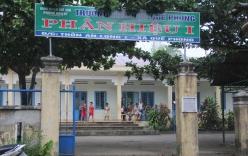 Quảng Nam: Phụ huynh đưa con đi học nhưng trường đóng cửa, không có giáo viên dạy