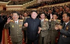 Ảnh Kim Jong-un tươi cười tổ chức tiệc được