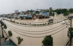 Bão số 10 gây mưa ngập nhiều nơi, hàng nghìn học sinh phải nghỉ học