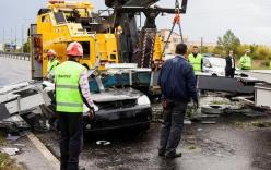 Dự báo nhầm bão lớn thành mưa khiến 75 người thương vong