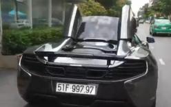 Màn trình diễn hút mắt đóng mở mui siêu xe McLaren của Cường Đô la trên phố
