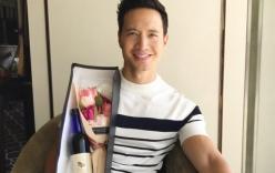 """Kim Lý hạnh phúc """"khoe"""" quà tặng bạn gái ngày 20/10"""