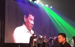 Duterte hát theo đề nghị của Trump tại tiệc tối của Hội nghị thượng đỉnh ASEAN