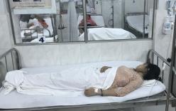 10 giáo viên nhập viện nghi ngộ độc thực phẩm trong tiệc mừng ngày 20/11