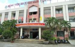 Giám đốc bệnh viện bị tố tuyển hàng loạt người nhà vào viện làm việc