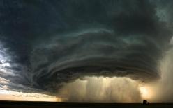 Cảnh báo: Trái đất đang quay chậm dần lại, và hậu quả thảm khốc sẽ xảy ra với hàng tỉ người trong năm tới