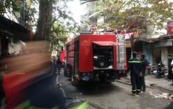 Hà Nội: Cháy lớn tại 2 ngôi nhà 5 tầng trên phố Trần Khát Chân