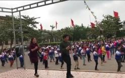 Giáo viên cùng hàng trăm học sinh nhảy Disco gây sốt cộng đồng mạng