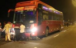 Xe khách Phương Trang va chạm xe máy, 2 công nhân chết thảm