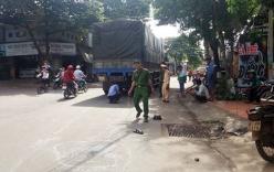TNGT nghiêm trọng: Bị xe tải kéo lê, 1 người tử vong