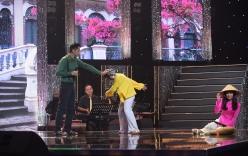 Tuyệt đỉnh song ca cặp đôi vàng tập 4: Minh Luân bị đá túi bụi, Jang Mi bị đẩy ngã trên sân khấu