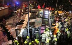 Lật xe buýt 2 tầng, 18 người tử vong tại chỗ