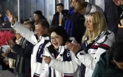Con gái Tổng thống Trump cổ vũ cho vận động viên Triều Tiên