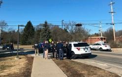 Mỹ: Nam sinh bắn chết bố mẹ ngay tại trường học