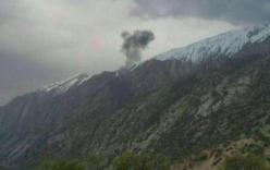 Máy bay lao vào núi ở Iran, 11 người chết