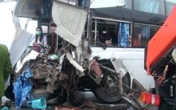 Vụ xe khách tông xe cứu hỏa trên cao tốc: Công an về quê tài xế xe khách lấy lời khai