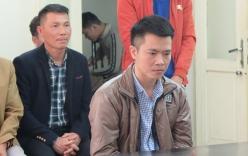Cựu cán bộ công an liên tục òa khóc khi ra tòa vì tội lừa đảo