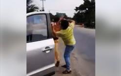 Khởi tố người đánh cảnh sát giao thông tới tấp