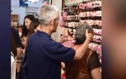 Clip cụ ông tóc bạc trắng ân cần kẹp tóc cho người bạn đời làm rung động mọi trái tim