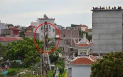 Nghi cá độ bóng đá World Cup: Nam thanh niên trèo cột điện la hét, đòi người nhà trở nợ