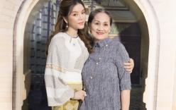 Mẹ đẻ có mặt chúc mừng Lý Nhã Kỳ ngày ra mắt Lãnh sự danh dự Rumani