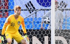 """Thủ môn Hàn Quốc được người Mexico """"phong thánh"""" vì thẳng tay loại Đức"""