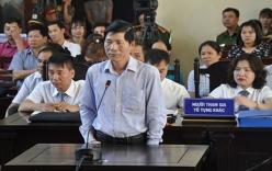 Xử BS Lương: Bị khởi tố, phó GĐ Bệnh viện ĐK Hòa Bình khai gì tại tòa?