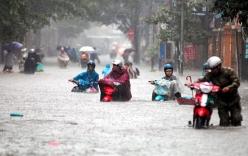 Dự báo thời tiết 16/7: Hà Nội tiếp tục mưa lớn