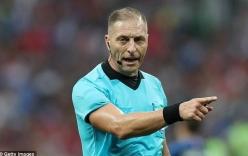 Cựu trọng tài Anh lên tiếng về việc huyền thoại MU chỉ trích trọng tài vì cho Pháp hưởng penalty