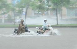 Thời tiết 5 ngày tới: Hà Nội mưa lớn ngập lụt, nguy cơ bão vào Bắc Bộ