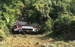 Tạm giữ hình sự tài xế điều khiển xe khách lao xuống vực ở Cao Bằng