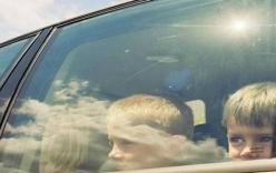 Hai chị em cùng gia đình chết vì mắc kẹt trong ô tô giữa thời tiết nắng nóng