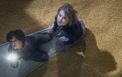 Thật khó tin khi hiệu ứng kĩ xảo khó nhất trong phim Vùng Đất Câm Lặng là lớp ngô dày 30 centimet