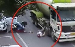 Người phụ nữ thoát chết thần kỳ dưới bánh xe tải nhờ mũ bảo hiểm