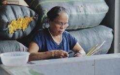 Người phụ nữ Hà Nội đầu tiên dệt lụa từ tơ sen: 4.800 cuống sen cho một chiếc khăn quàng cổ dài 1,7 mét
