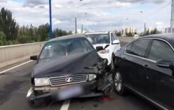 Đi đặt biển cảnh báo tai nạn, tài xế không ngờ chính mình bị đâm tử vong