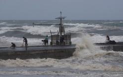 Không chỉ đe dọa 36,7 triệu người, siêu bão Mangkhut còn có thể khiến kinh tế châu Á khốn đốn