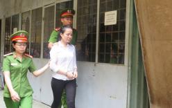 Bí mật trong 2 bức tranh của nữ Việt kiều Úc
