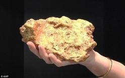 Đào được vàng nguyên khối 3kg, bán được 25 tỷ đồng