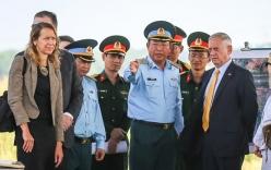 Bộ trưởng Quốc phòng Mỹ đến thăm dự án xử lý dioxin tại sân bay Biên Hòa