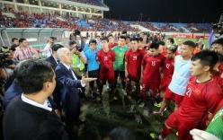 Vào chung kết AFF Cup 2018, đội tuyển Việt Nam lại nhận được